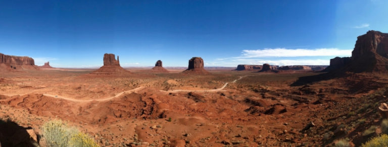 Monument Valley: 10+ Inspiring Photos Plus Tips for Visiting