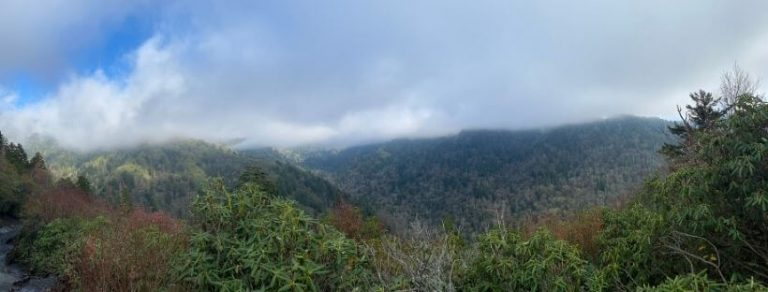 Hiking to Alum Cave Bluffs (Great Smoky Mountain National Park)